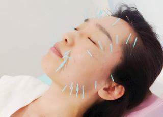 女性のキレイを内側から引き出す痩身エステ・リンパマッサージ・美容鍼