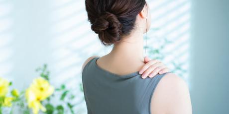 首の痛みへの施術のアプローチ